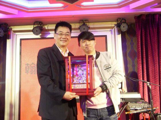張榕峰老師-十年服務獎